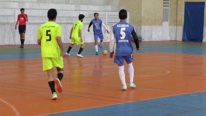 هفته سوم مسابقات فوتسال قهرمانی کارگران استان یزد جام فجر ۳۸