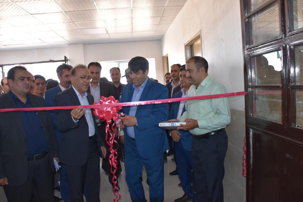 سالن چند منظوره مجموعه فرهنگی ورزشی و رفاهی کارگران شهرستان بافق افتتاح شد.
